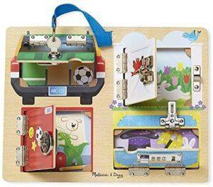 Tablero Montessori para la motricidad fina